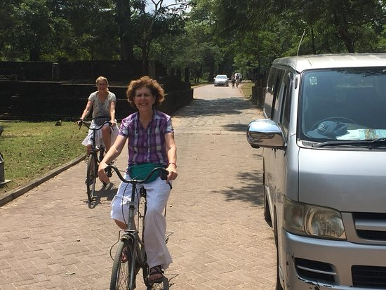 Plonnaruwa Bicycle ride