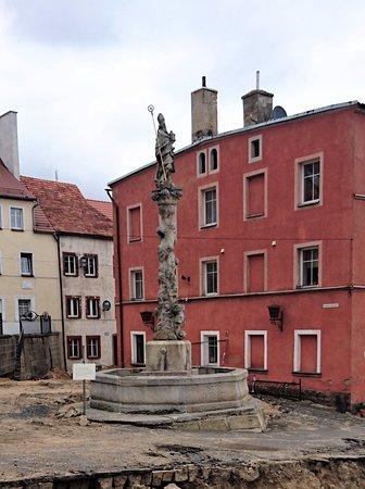 Fontanna św. Maternusa