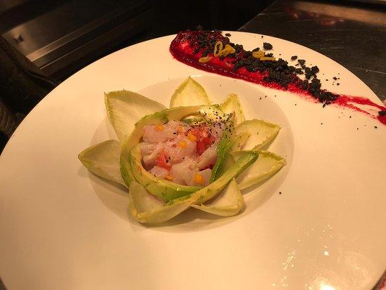 Restaurante D. Dinis - Lisotel - Hotel&Spa: Ceviche de robalo e endivias (entrada degustação)