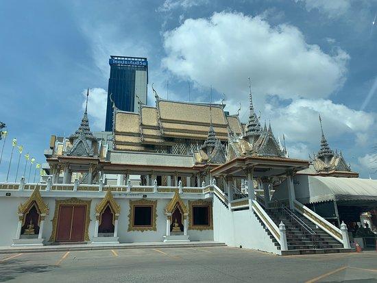Wat Sri Iam Temple