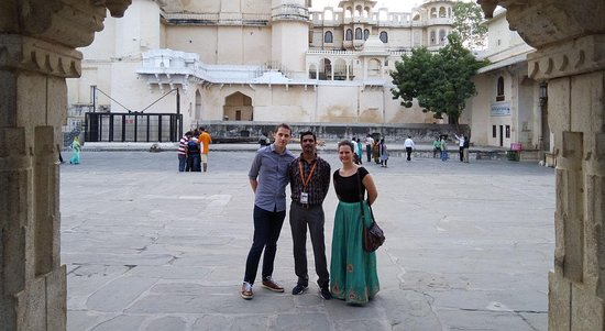 Tour Guide Udaipur