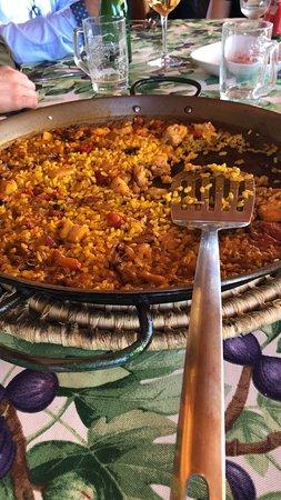 Alberic, España: Comida domingo de ramos todo perfecto un lugar encantador y tranquilo repetiremos servicio por parte del gerente perfecto