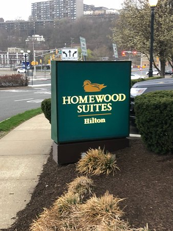 Homewood Suites by Hilton Edgewater - NYC Area