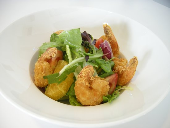5. crispy shrimps salad