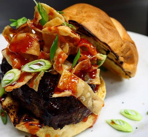 Perry, IA: Crabrangoon Burger