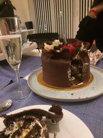 Caffe Concerto Our Selva Birthday Cake With Italian Prosecco Great Choice For Chocolate Lovers