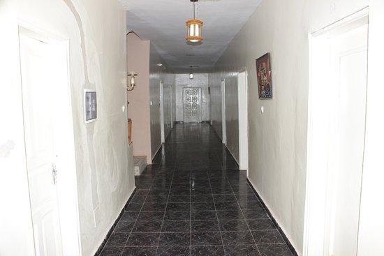 Toubab Dialao, เซเนกัล: the corridor
