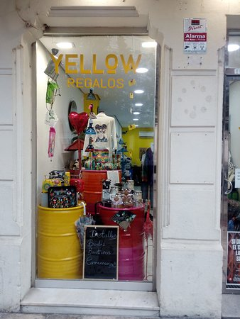 Yellow Regalos