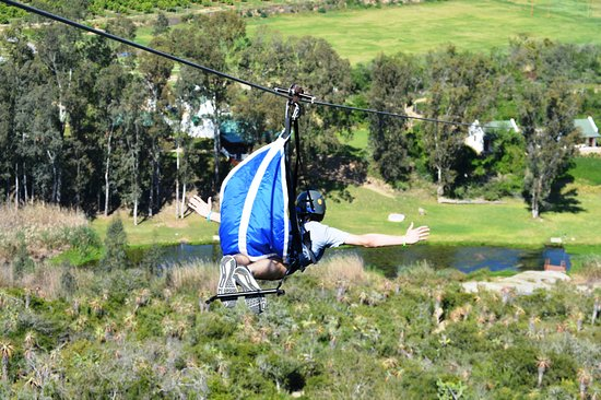 Sundays River Valley, Zuid-Afrika: Addo Superman Zipline in flight