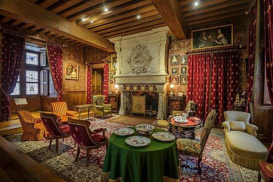 Skip the Line: Chateau d'Azay le...