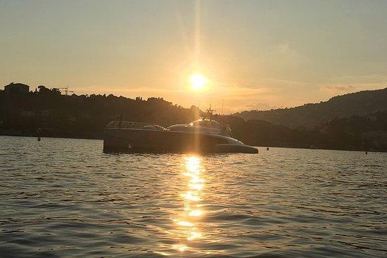乘坐太阳能船的私人旅游 - 从尼斯和摩纳哥最佳出入