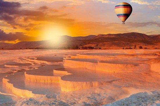 棉花堡一日游,可选择气球骑行和滑翔伞从伊斯坦布尔到伊斯坦布尔