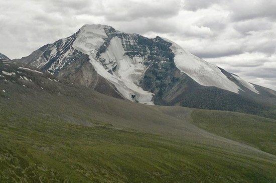 Kang Yatse II Peak (20500 fot...