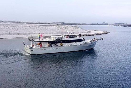 Gita di pesca d'altura in barca di