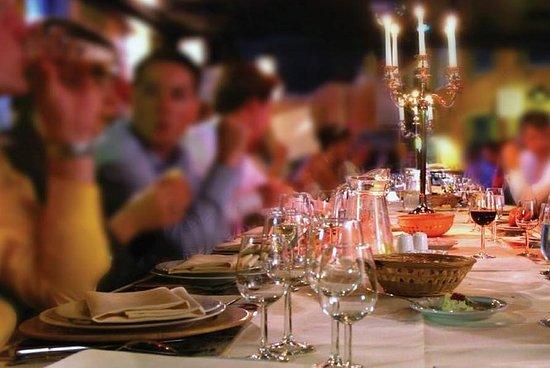 Toscana: Cena al aire libre de vino en...