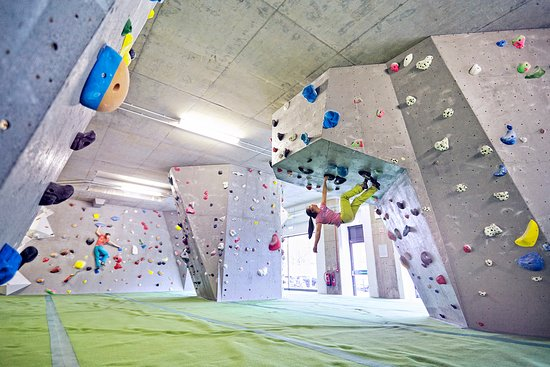 Arch Climbing Wall: Arch North