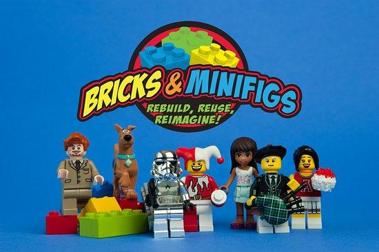 Bricks & Minifigs