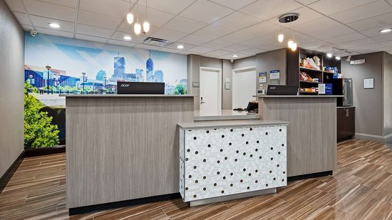 Best Western Plus Indianapolis NW Hotel: Reception