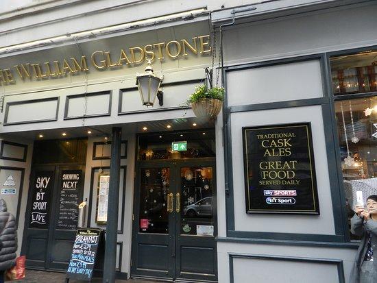 William Gladstone Pub入口