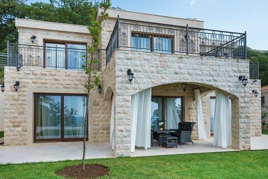Oak Leaf Residences: getlstd_property_photo