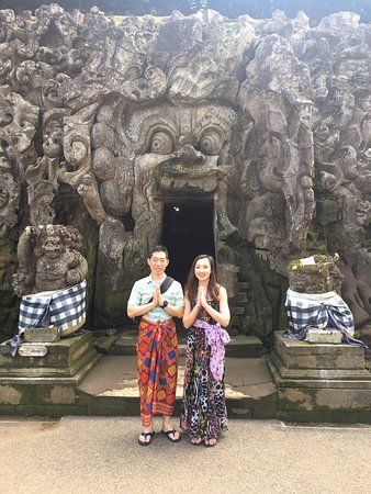 Bali Trekking and Cheap Tour: Goa Gajah Temple