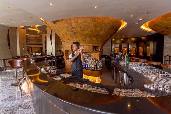 L.A.B: Bar Counter