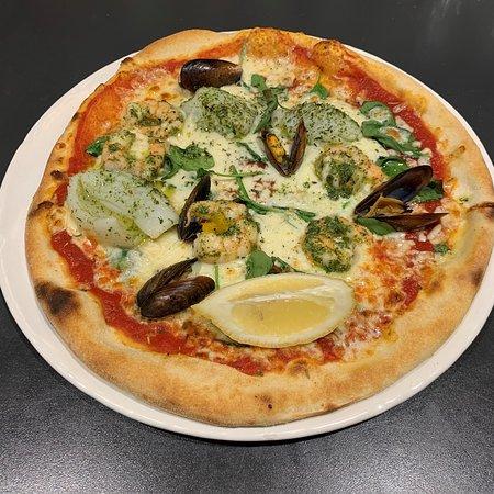 La pizza Del Mare en suggestion du jour