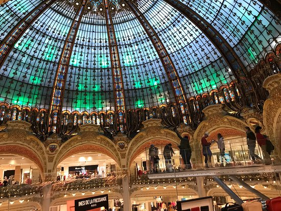 Do The Fashion Show Review Of Galeries Lafayette Paris