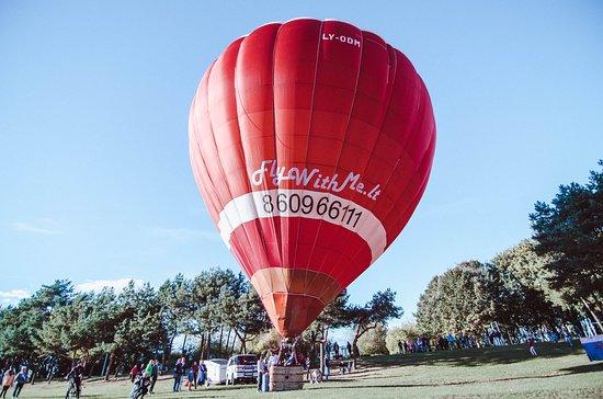 Kaunas County, ลิทัวเนีย: Hot air balloon flight from Kaunas city.