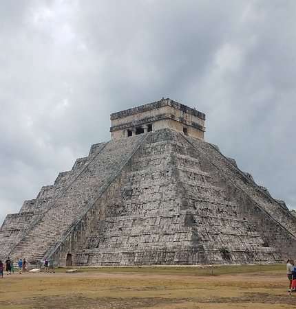 Mexico Travel Solutions: Chichen Itza and cenote