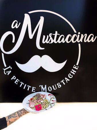 A Mustaccina
