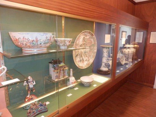 Chateaudun, Francja: vaisselle d'Asie