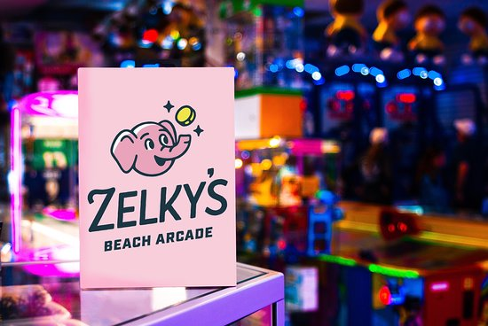 ‪Zelky's Beach Arcade, North‬