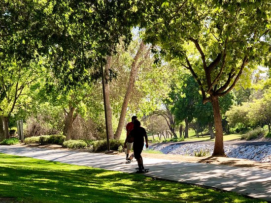 Brea, CA: Clean and green!