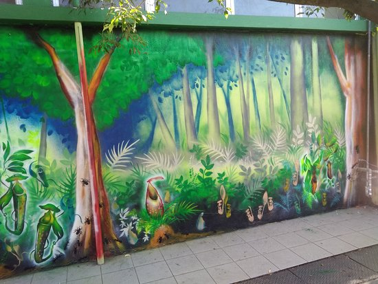 Donggongon, ماليزيا: #Kukuvanga' @ Donggongon Public Toilet (Penampang Street Art)  Artist: Kenny Kinjawan a.k.a kAjENjEn