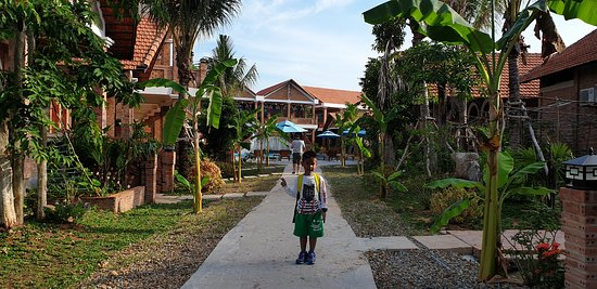 Garden and Quiet hotel