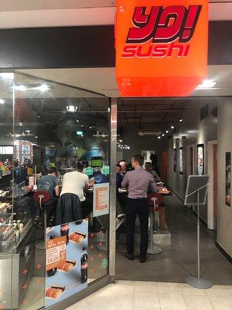 Yo! Sushi - Fulham Broadway