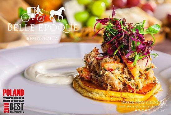 Belle Epoque Restaurant: Potrawka z makreli i raków na pszennym blinie z mikro sałatką i kwaśną śmietaną