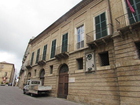 Palazzo De Crecchio