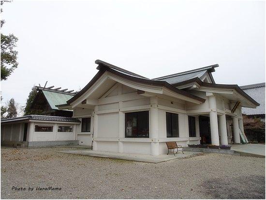 Tsubaki Shrine Nakato Shrine