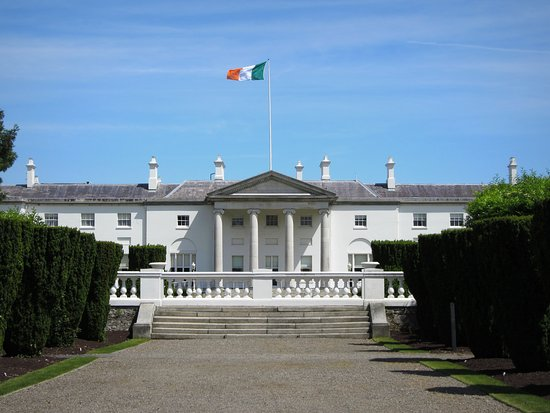 ‪Aras an Uachtarain (The Irish White House)‬