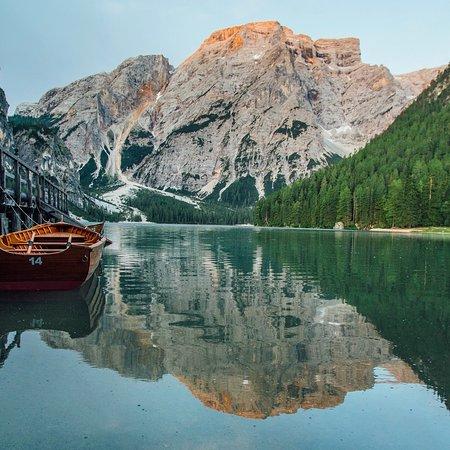 South Tyrol Dolomites, Italia: Still mornings.