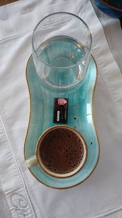 Türk kahvesi sunumu çok şık