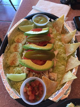 Las Tortugas Deli Mexicana: Roasted chicken tacos (without the actual taco) prepared on a fresh salad base - fantastic!