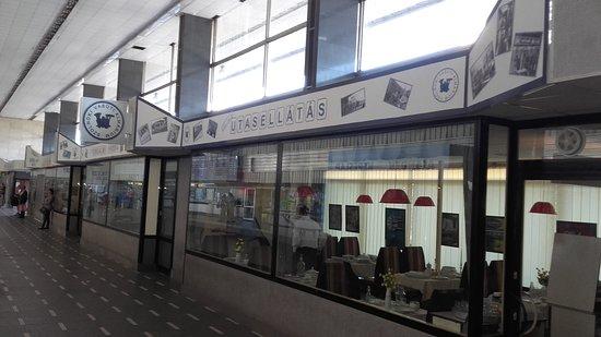 Szolnok Vasuti Almarium (Szolnok Railway Cabinet)