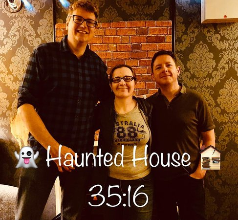Blackout Escape Rooms: We smashed Haunted House