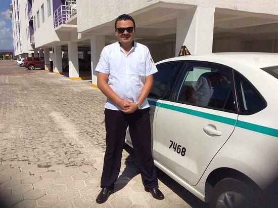Taxi Latinos Cancun