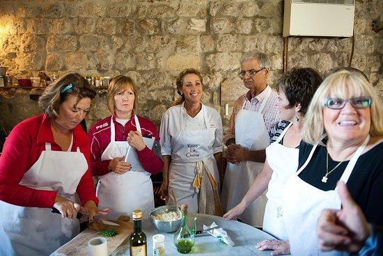 Toscana: Um dia inteiro na adega de...