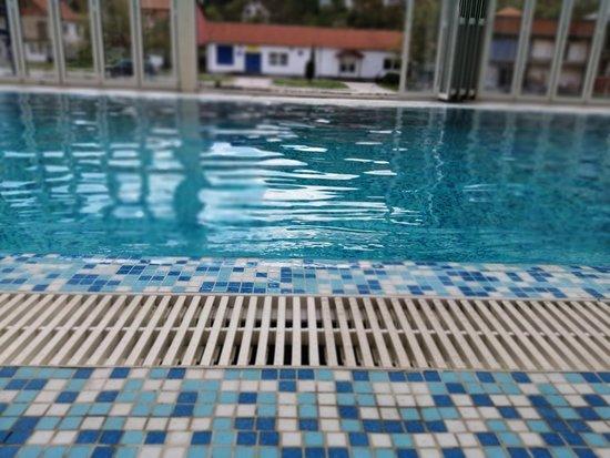 Zatvoreni bazen - Vranjska banja
