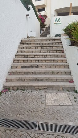 Not for those who don't or can't do hills and steps Albuferia jardim apatrments